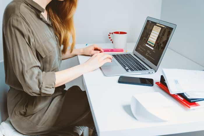 riesgos laborales teletrabajo postura