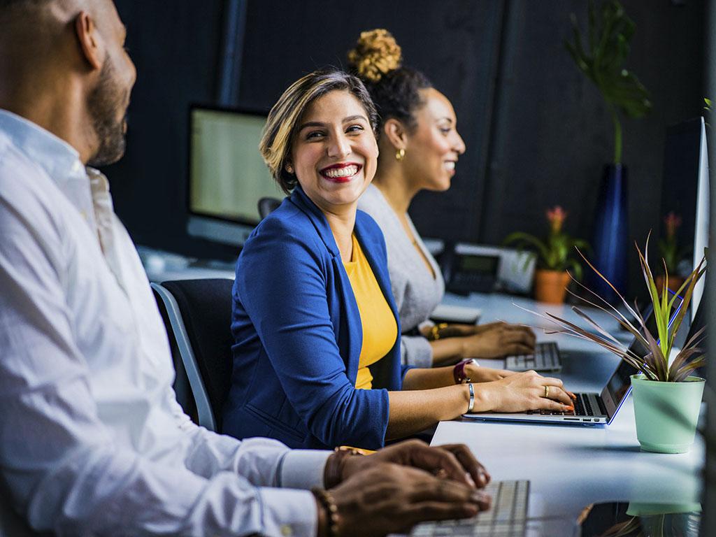 cómo conectar con clientes